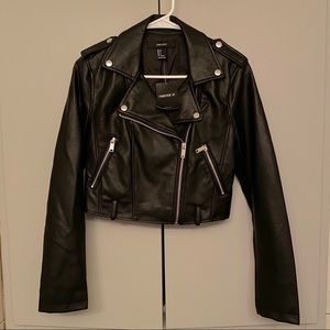 Forever 21 Women's Faux Leather Jacket Size Small